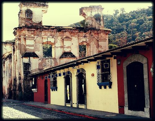 guatemala antigua città rovine flickraward (Photo: Bruna Di Pietrantonio on Flickr)